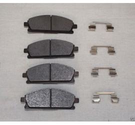 Compatible With Nissan Elgrand E51 3.5 V6 Front Brake Pads & Fitting Kit